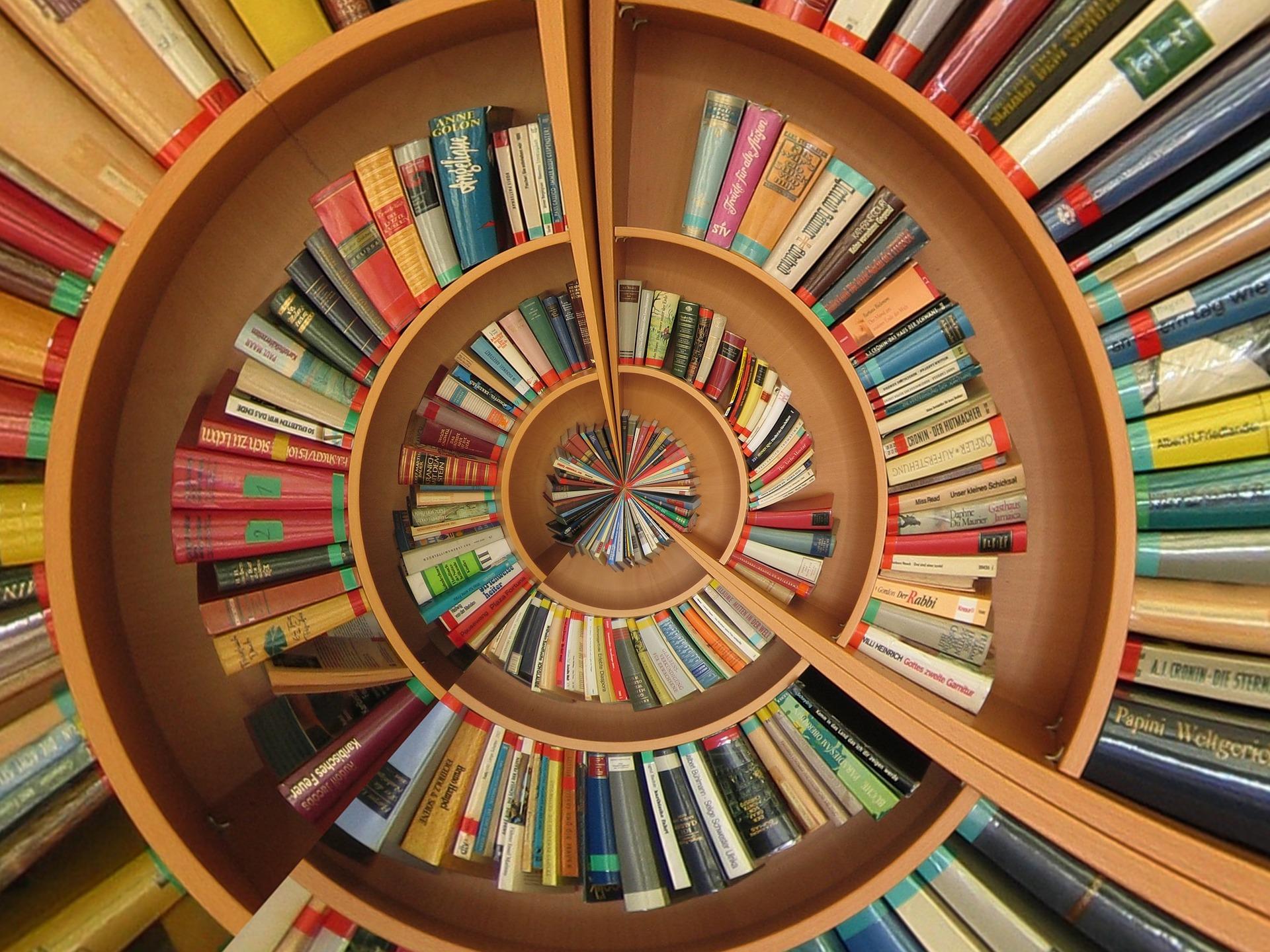 book-774837_1920